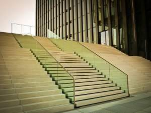 stairs-851766_640