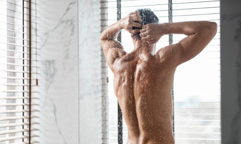 Dauerhafte Haarentfernung auf dem Rücken
